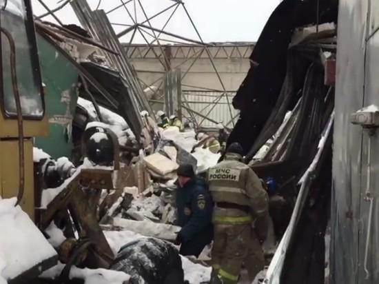 Ангар обрушился в Калужской области, есть жертвы