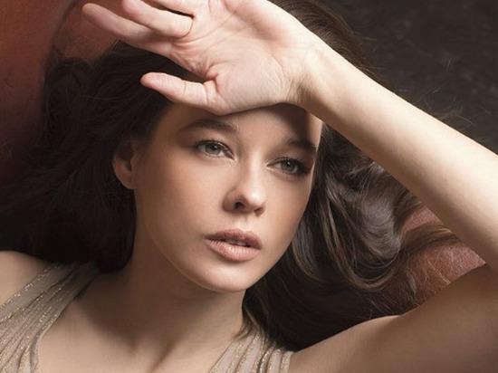 Актриса Шпица выложила редкое фото со своим мужем