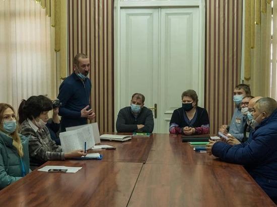 Власти Барнаула и общественники обсудили застройку на площади Сахарова