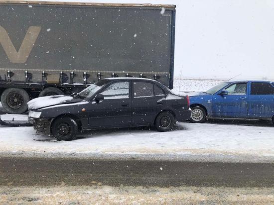 В Калмыкии в ДТП пострадали четыре человека