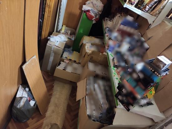 """Женщина из Тверской области готовила к продаже почти 3 тысячи пачек """"палёных"""" сигарет"""