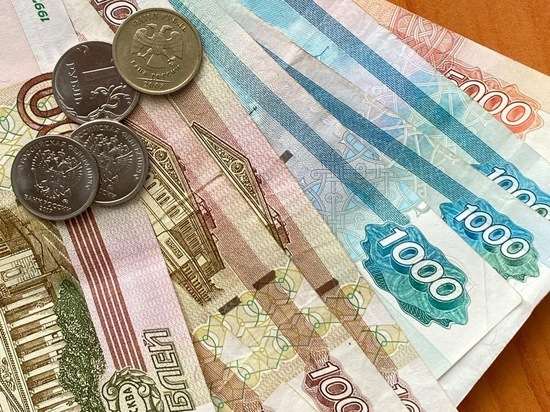 ЦБ отмечает рост наличных на руках россиян: минусы хранения денег дома