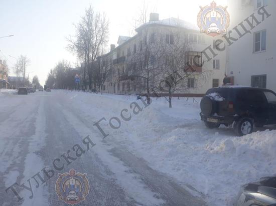 В Щекино «Chevrolet Niva» сбил пенсионерку, выезжая с парковки