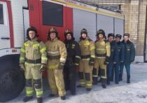 В Сарапуле из пожара спасли двух пенсионерок и двух маленьких девочек