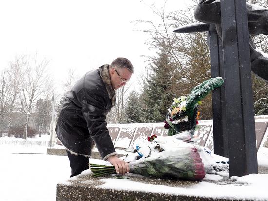 Глава Ставрополья почтил память воинов-интернационалистов