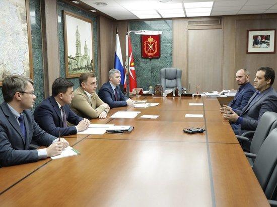 Алексей Дюмин и Умар Кремлев обсудили развитие бокса в Тульской области