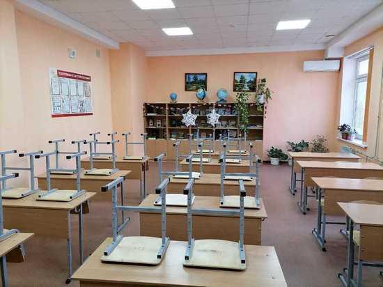 """На Ставрополье детям разрешили """"прогулять"""" школу из-за снегопада"""