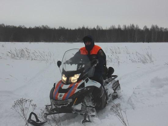 В Нижегородской области спасли мужчину, застрявшего в глубоком снегу