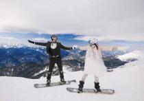 Необычное бракосочетание провела молодая пара в горах Сочи