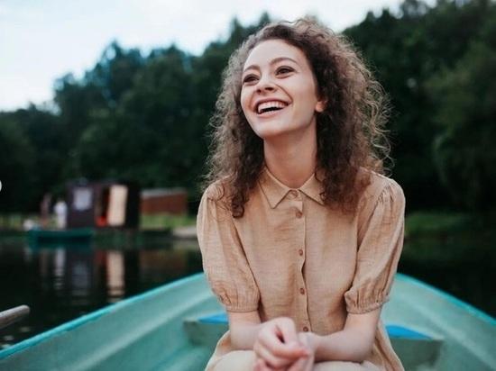 Уроженка Томска, актриса и просто красавица Катерина Беккер поделилась с «МК в Томске» подробностями о выходящем на экраны фильме «Родные».