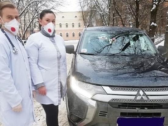 Еще 12 новых Outlander передаст медикам калужский автозавод