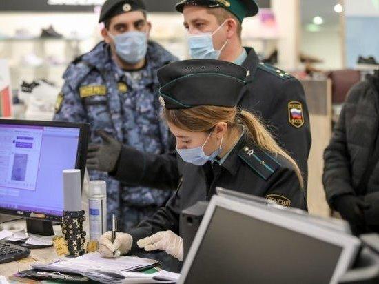 Жители Волгоградской области продолжают нарушать антиковидные меры