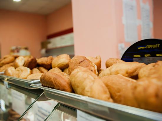"""Школьное питание и """"путинские завтраки"""" в Астрахани - в руках профессионала"""