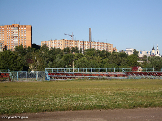 Футбольное поле и хоккейная площадка появятся в сквере Волкова Калуги