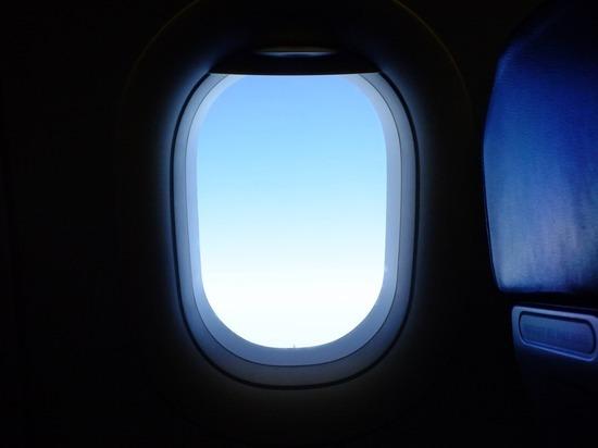 Ученые ТГУ научились с помощью голографии находить микротрещины в стеклах самолетов