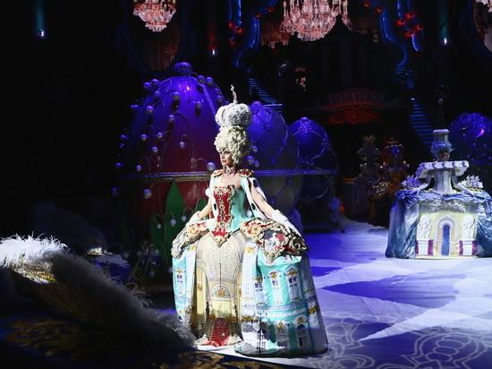 """Нижегородский цирк открывается """"Бурлеском"""" от Гии Эрадзе"""