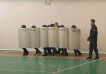 Очень странный внеклассный урок мужества провели полицейские в нижневартовской школе №42