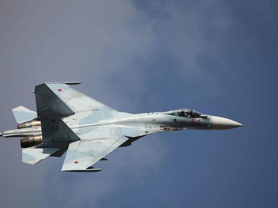 Су-27 перехватили французские самолеты над Черным морем