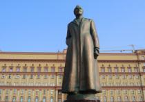 Проблема с памятником Дзержинскому вовсе не в том, что свято место не бывает в пустоте