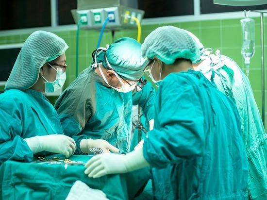 В Томской ОКБ за год провели больше тысячи пластических операций