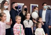 Еще 9 молодых семей Салехарда получили жилищные сертификаты