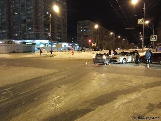 В ДТП на перекрестке Йошкар-Олы пострадал пятилетний ребенок