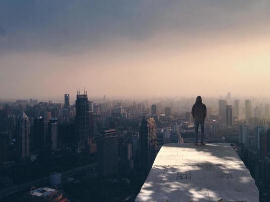 Уровень суши на Земле понижается под тяжестью мегаполисов