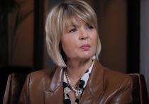 Меньшова вспомнила унизительное интервью с Максаковой: «Начала затыкать меня»