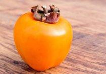 История с 45-летней москвички, объевшейся хурмы и еле спасенной врачами, произвела на любителей фруктов сильное впечатление