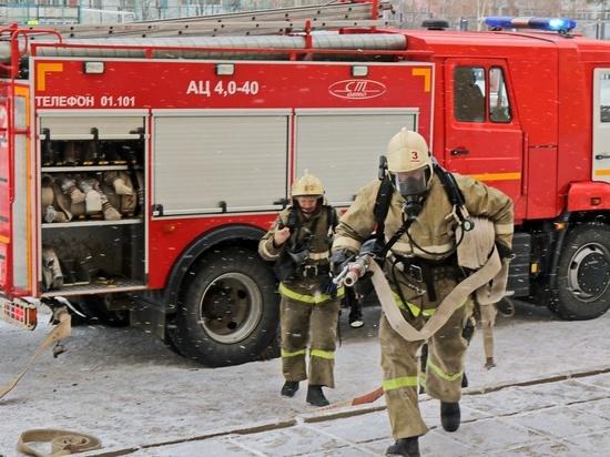 В Смоленске вечером 18 февраля загорелся частный дом