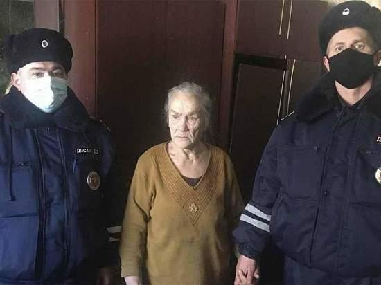 Ивановские инспекторы ДПС спасли от гибели пенсионерку и двух детей