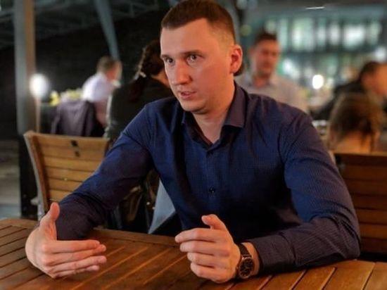«Единая Россия» собралась выдвинуть медиа-менеджера в Горсовет Омска вместо Мураховского