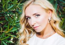Помолодевшая Татьяна Навка поменяла цвет волос