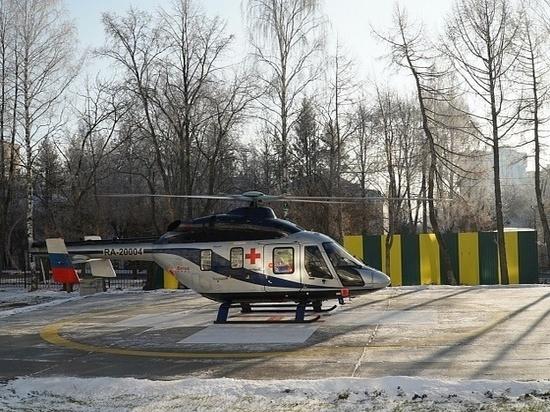 В Кировской области спасли мужчину, которого задавило бревном
