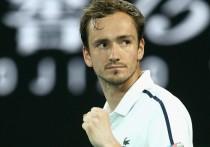 В пятницу 19 февраля лучший российский теннисист Даниил Медведев обыграл в полуфинале Australian Open представителя Греции Стефаноса Циципаса
