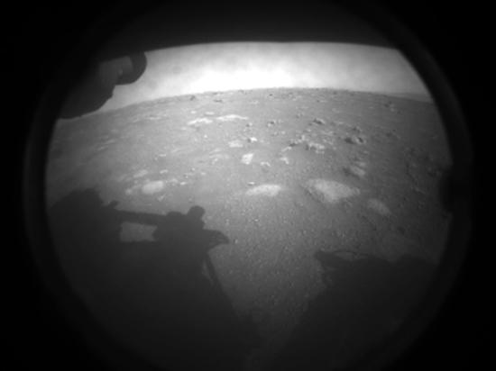 Вместе с марсоходом Perseverance на Марс приземлился вертолет-разведчик