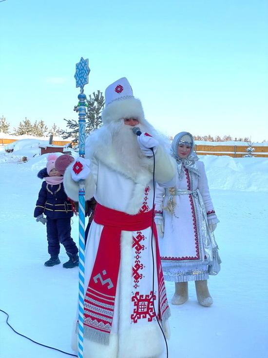 Дед Мороз из Марий Эл отправился на встречу с коллегами в Чувашию