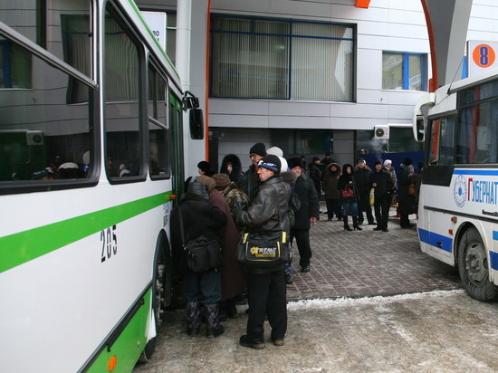В Кузбассе на праздники изменится график работы пригородных и междугородних автобусов