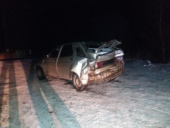 В Хакасии Toyota придавила 3 человек у придорожного кафе: один погиб