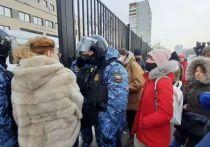 Дипломаты из Швеции и Финляндии приехали на суд по Навальному