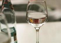 Эндокринолог рекомендует россиянам «запивать» стресс