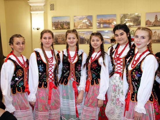 В Донецке провели фестиваль национальных культур