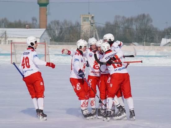 «Енисей» проэкзаменовал казанскую команду в Дербышках