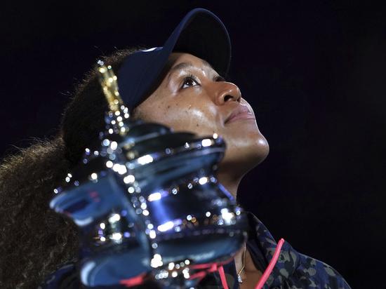 Японская теннисистка не почувствовала сопротивления в финале с американкой Дженнифер Брэди
