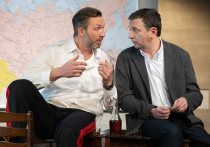 Премьеру новой пьесы Евгения Гришковца - «Между делом» -  показали в театре имени...