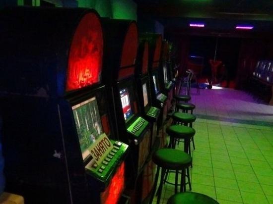 В Томске на остановочном комплексе нашли подпольное казино