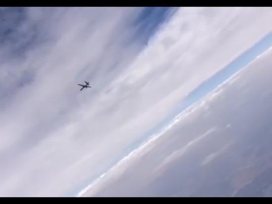 Российский истребитель вышел на охоту за американским беспилотником