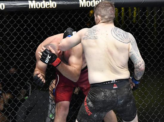 Итоги турнира  UFC Fight Night 185