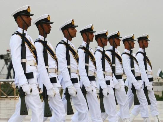 Эксперт назвал плюсы от продажи российского оружия Пакистану
