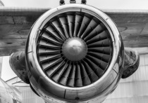Жуткое происшествие разыгралось с американским пассажирским лайнером Boeing 777, вылетевшим из Денвера